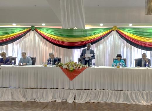 El doctor Carlos Zarco participando en la Conferencia Ministerial de Cooperativas de África